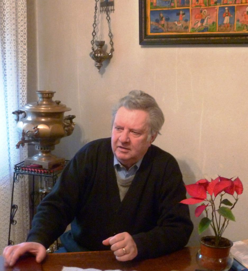 Părintele Mircea Goreţchi, acum preot pensionar, în timpul conversaţiei noastre din 6 februarie 2015.